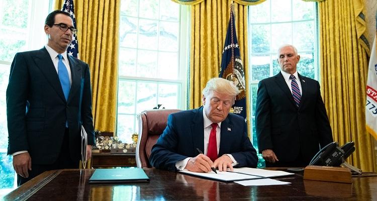 Türkiye için kritik karar, Trump Türkiye'ye yaptırım içeren tasarıyı imzaladı