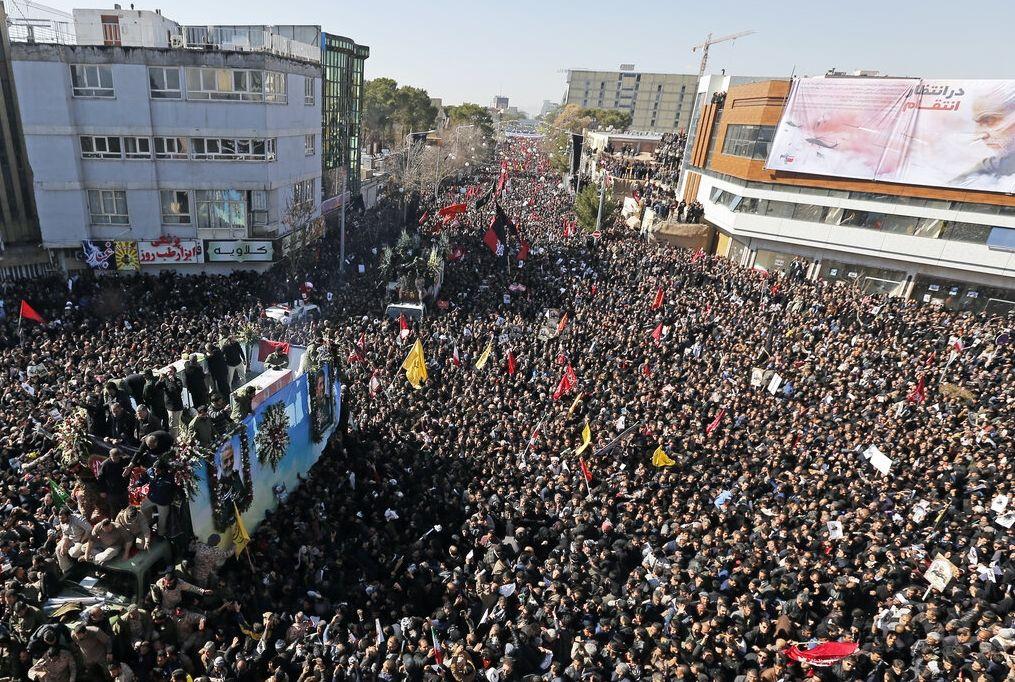 Kasım Süleymani'nin cenaze töreninde izdiham en az 35 ölü 50 yaralı
