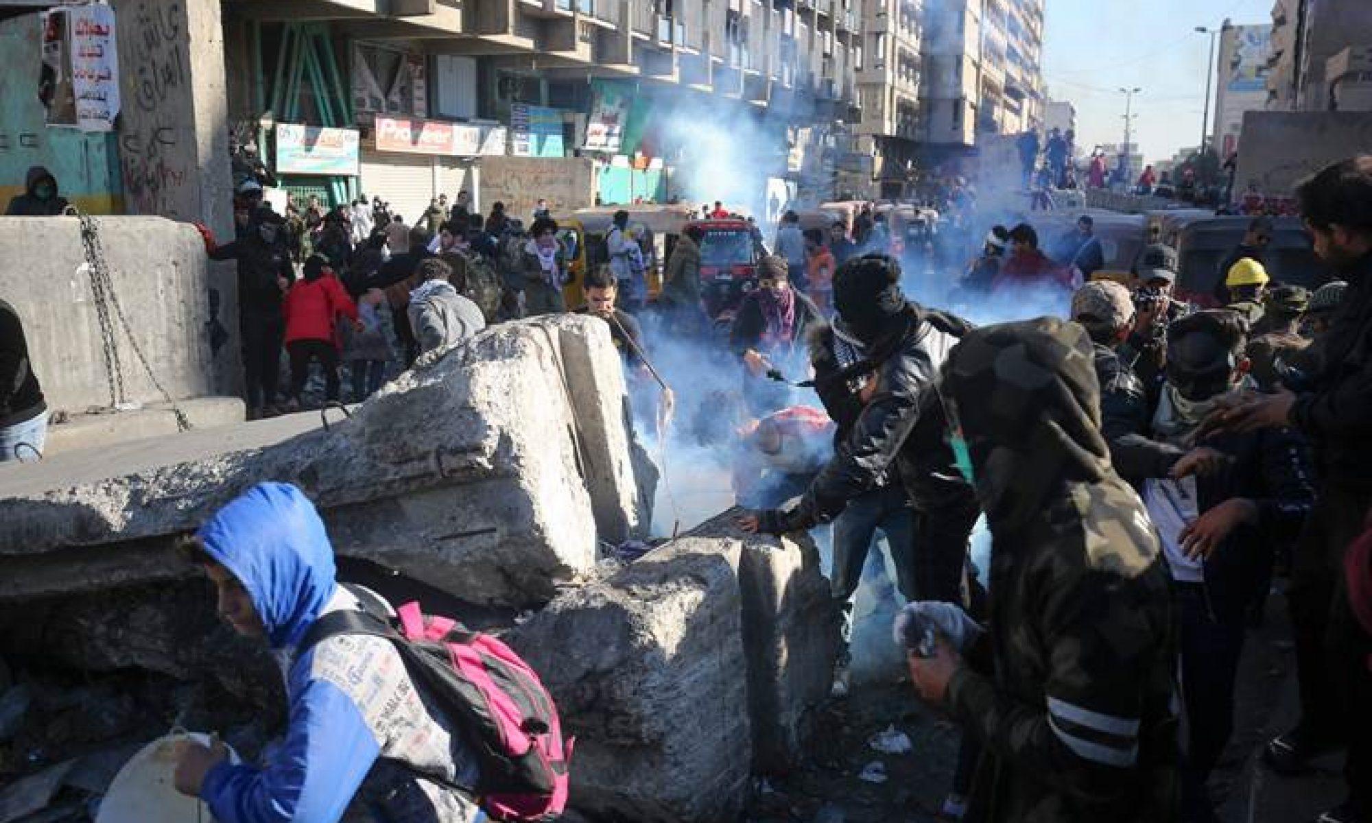 Sadr yanlıları göstericilere saldırdı: 13 ölü