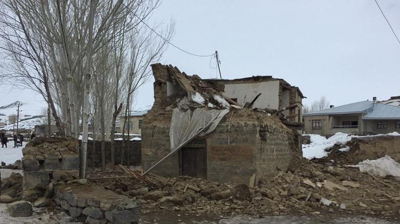 Rojhilat Depremi Başkale'de 8 Can Aldı