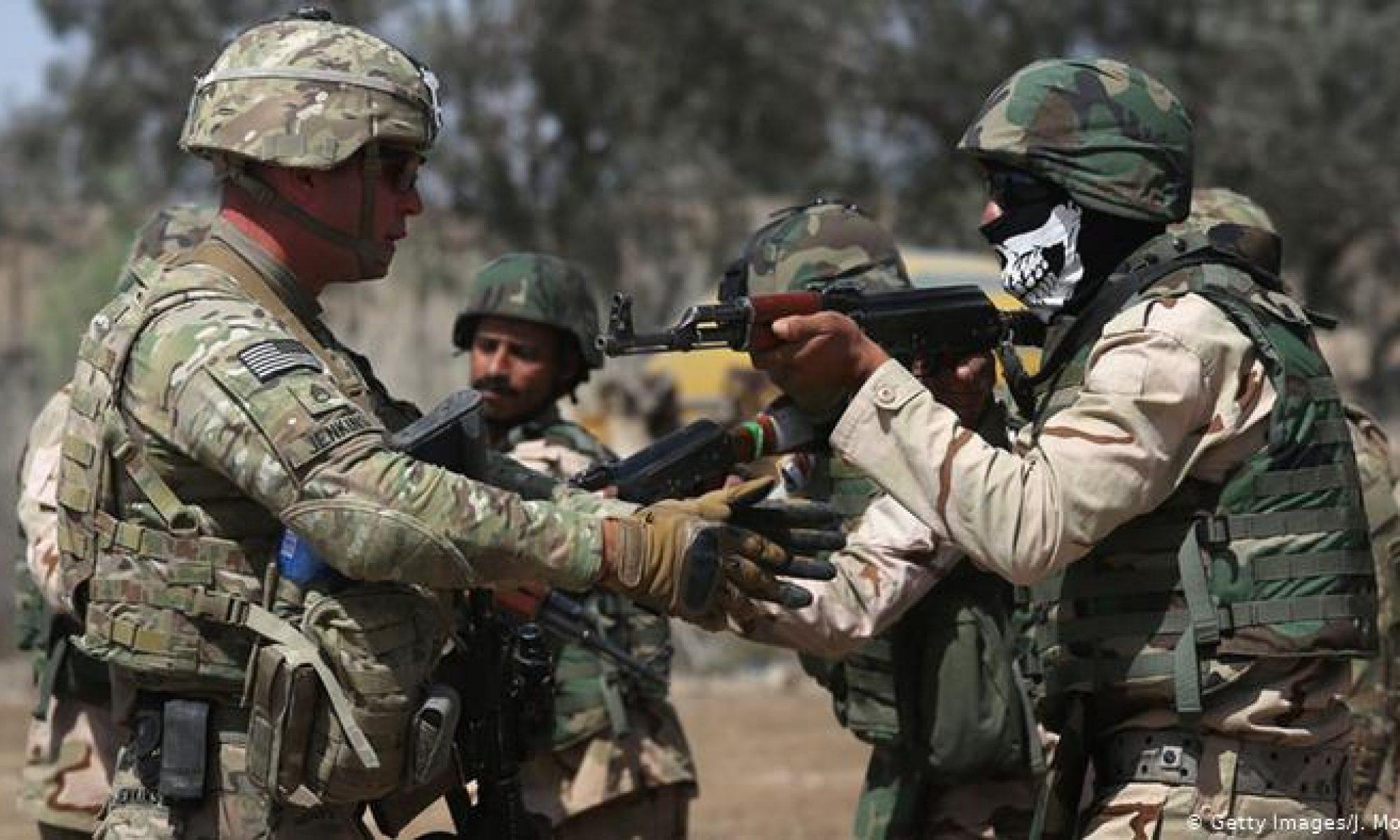 Amerika Irak'ta ki üç üssünü Irak güçlerine devretti