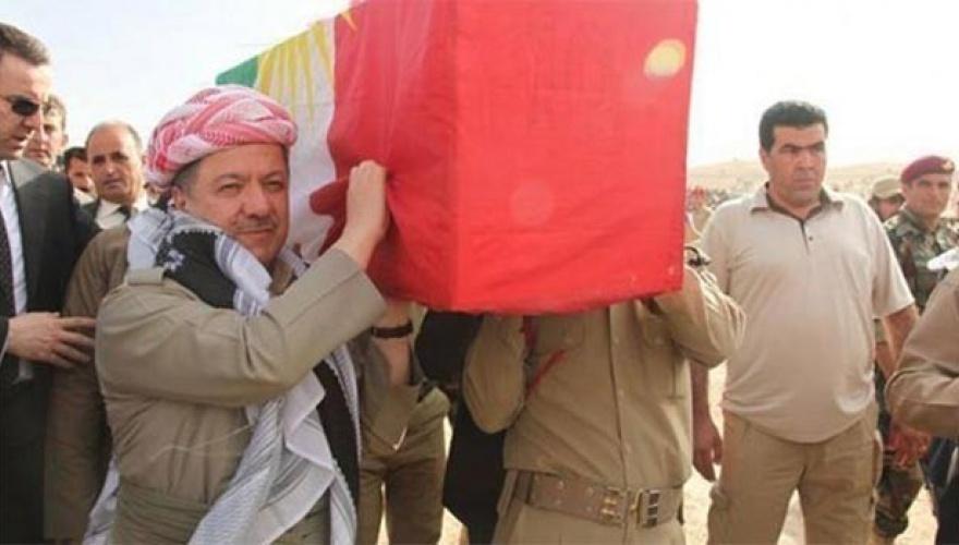 """Kürdistan Bölgesi Eski Başkanı Mesud Barzani Enfal katliamının 32'inci yıldönümü vesilesiyle mesaj yayınladı. Barzani'nin resmi internet sitesinden yayınlanan mesaj şu şekilde; """"Yaratan ve Esirgeyen Yüce Allah'ın adıyla, Çocuk, yaşlı, kadın ayrımı yapılmadan başlatılan Enfal katliamının 32'inci yıldönümü vesilesiyle, bütün Kürdistan ve Enfal şehitlerini sevgi ve saygı ile bir kez daha anarken, ailelerine de bir kez daha başsağlığı diliyorum. Her ne kadar geçtiğimiz yıllarda Enfal katliamının uluslararası düzeyde Jenosit olarak kabul edilmesi için büyük çabalar sarf edilse de, bu konuda yeterince başarı sağlanamadı. Aynı şekilde Enfal katliamı kurbanlarının cenazelerinin yerlerinin tespiti ve bunları Kürdistan Bölgesine taşıma konusunda da büyük çabalar gösterildi. Bundan sonrada herkes Enfal katliamının uluslararası düzeyde jenosit olarak kabul edilebilmesi için gerekli bütün çalışmaları yürütmek zorundadır. Aynı şekilde Irak hükümetleri de bu konuda yaşanan Enfal katliamının bir soykırım, jenosit olduğunu kabullenerek, hayatlarını kaybetmiş kişilerin ailelerini tazmin etme konusunda sorumlu davranmalıdır. Kürdistan Bölge Hükümeti'de şehit aileleri ve yakınlarına gerekli değeri ve önemi vermeyi sürdürmeli ve her türlü ihtiyaçları ile ilgilenmelidir. Enfal katliamı kurbanları ve bir bütün Kürdistan şehitlerine binlerce selam ve saygılarımla."""""""