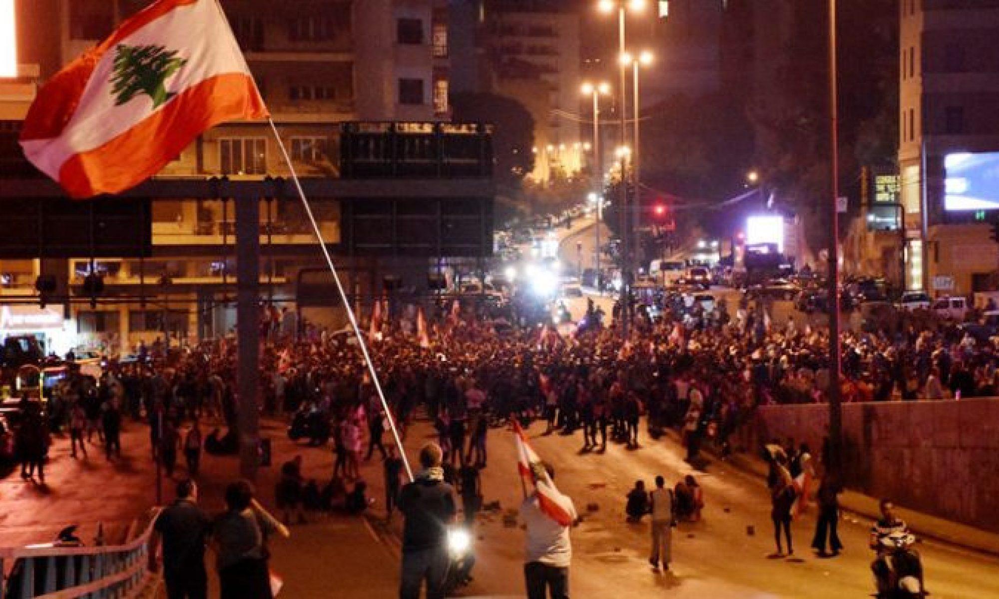 Türkiye Lübnan'daki halk isyanını finanse mi ediyor?