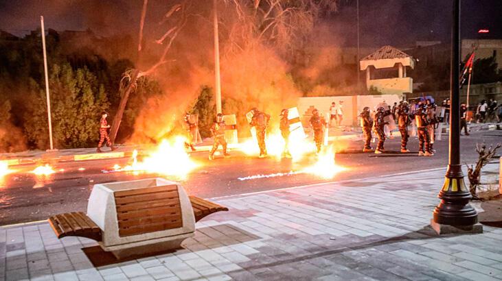 Halepçe: Saddam'ın kimyasal saldırısından kurtulan arşivleri göstericiler yaktı