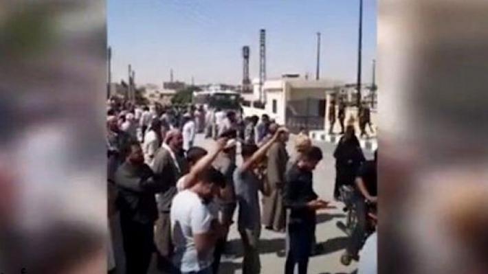 Türkiye'ye bağlı silahlı güçler Serê Kaniyê'de 6 sivili kaçırdı