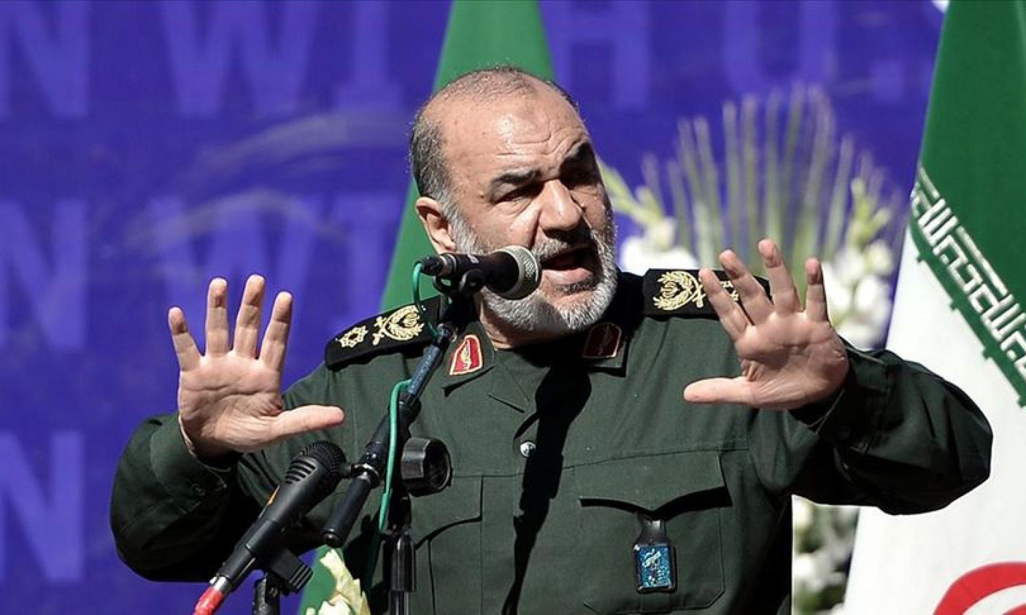 İranDevrim Muhafızları Ordusu Genel Komutanı Tümgeneral: Kasım Süleymaninin kanının bedeli ABD rejiminin yıkılmasıdır