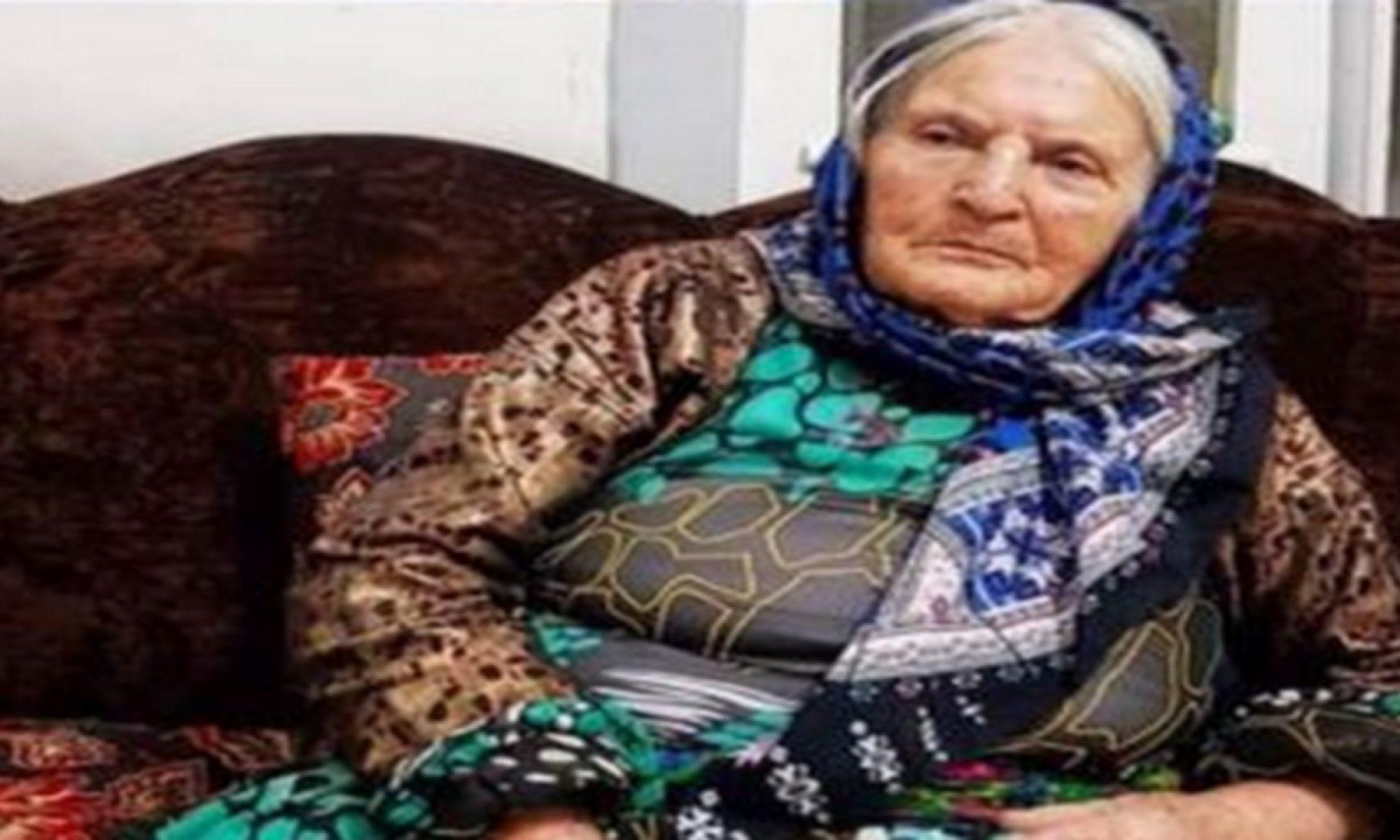 İlk Kürdistan bayrağını nakşeden Fatima Hüsêyni Mahabad'ta hayatını kaybetti