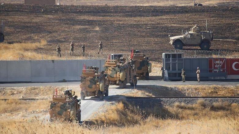 Tehlikeli adım: Türk ordusu Dirbesiyê sınırındaki beton duvarları kaldırdı