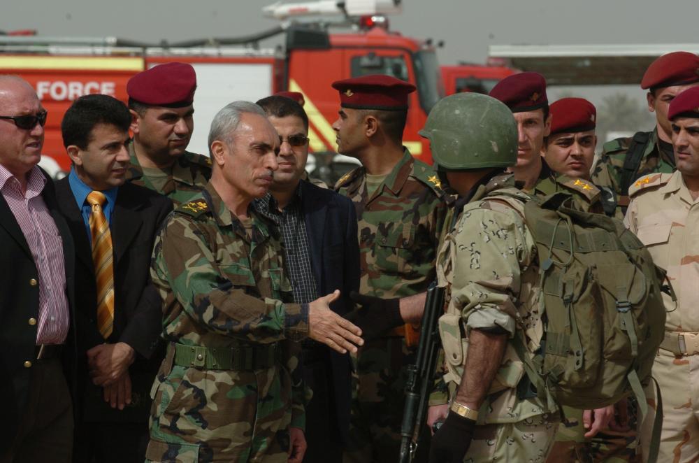 """Eski Irak Genel Kurmay Başkanı Zebari: """"Başkan Barzani ve Peşmerge güçlerinin IŞİD savaşındaki rolleri basit filmler ve sıradan sözlerle yok edilemez, İran, İŞİD; DAİŞ; Uluslararası Koalisyon, Barzani,"""