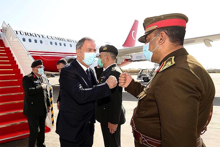 Türkiye Milli Savunma Bakanı Hulusi Akar Bağdat'ta