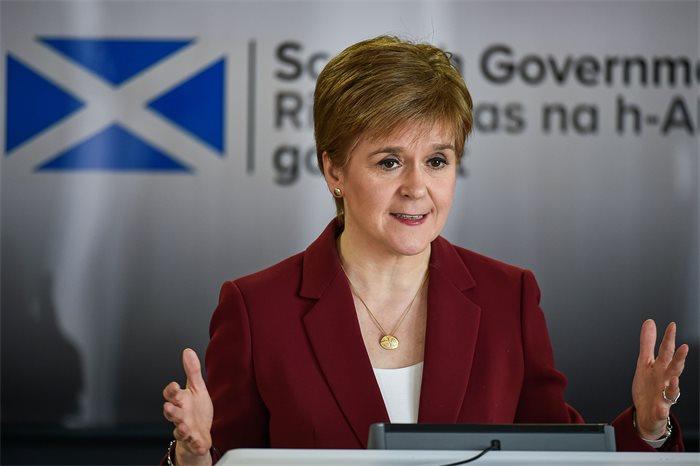 İskoçya Başbakanı Sturgeon ülkesindeki Kürt vatandaşlar için Kürtçe bir mektup yazdı
