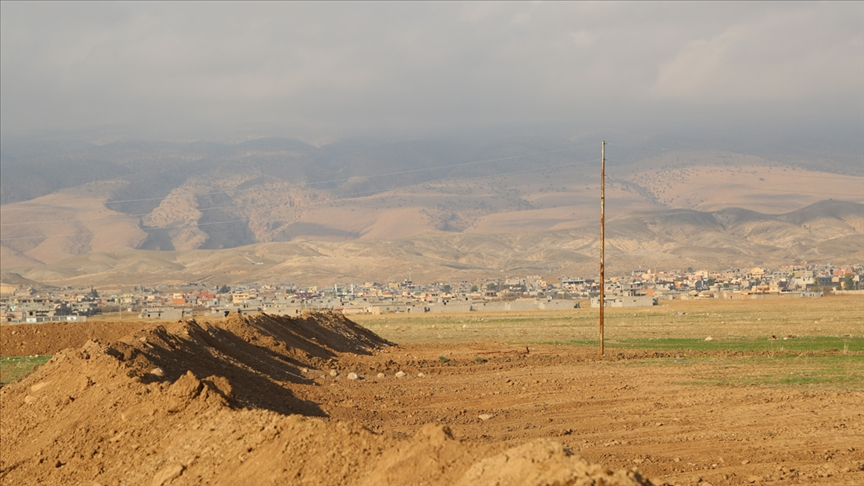 PKK varlığı nedeni ileŞengal'in 20 bin nüfuslu Siba Şexidir Köyünde yaşayanlardan sadece 19 aile döndü