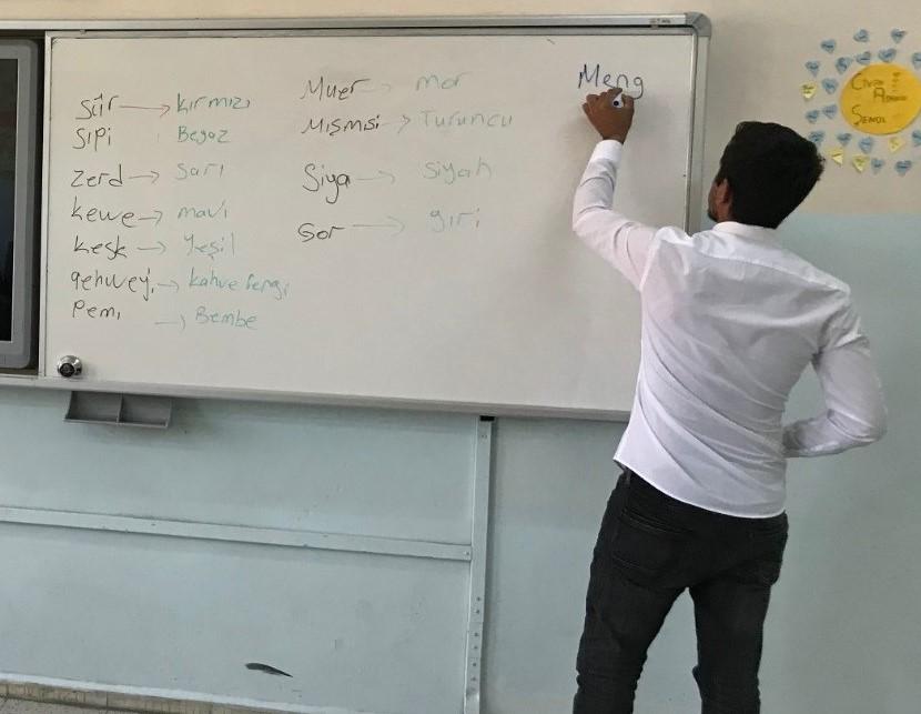 DEDEF'ten çağrı: Kırmancki (Zazaca) okullarda seçmeli ders olarak tercih edilsin