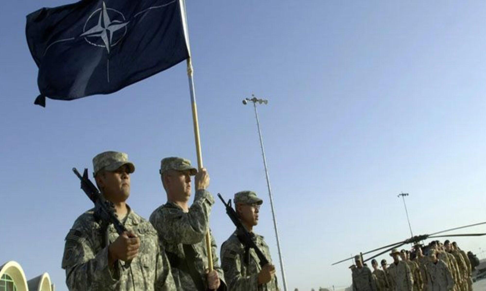 Irak'ta NATO askerlerinin bulunduğu üsse saldırı
