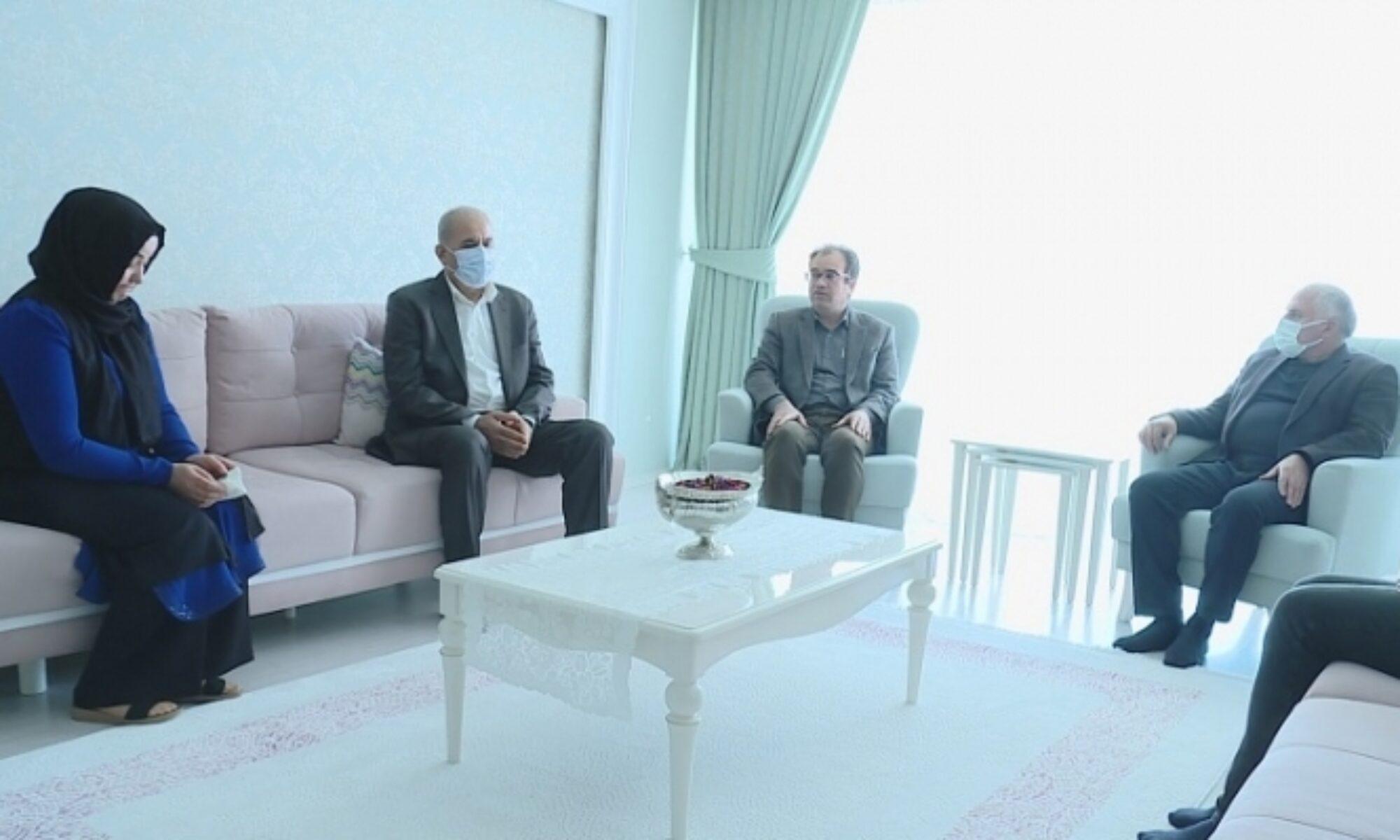 Mesut Barzani'nin temsilcisi Kadri Yıldırım'ın taziyesinde Ali Awni, Kürt dili, Başkan Barzani, Kürdistan Bölgesel Yönetimi