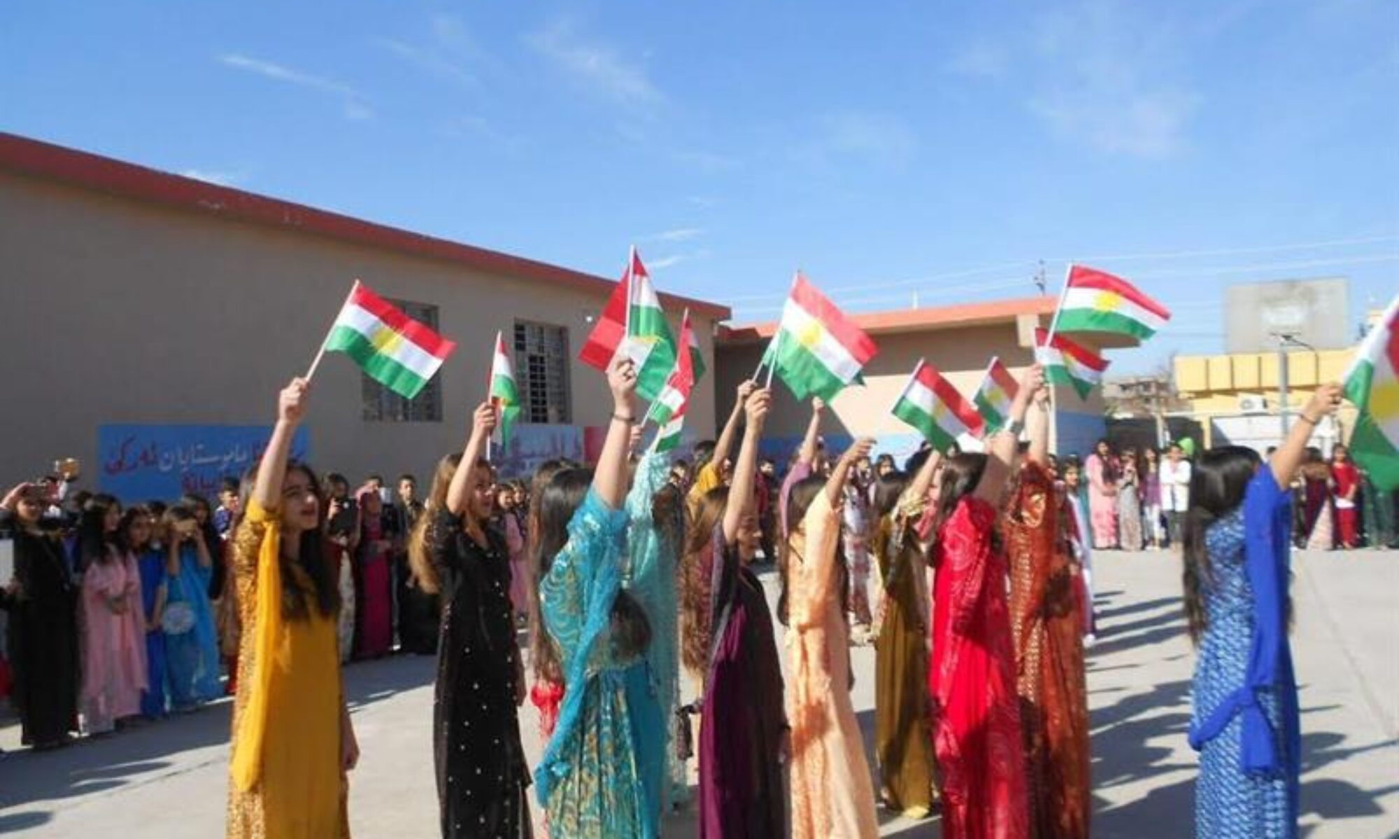 Bugün 10 Mart Kürt Ulusal Kıyafet Günü