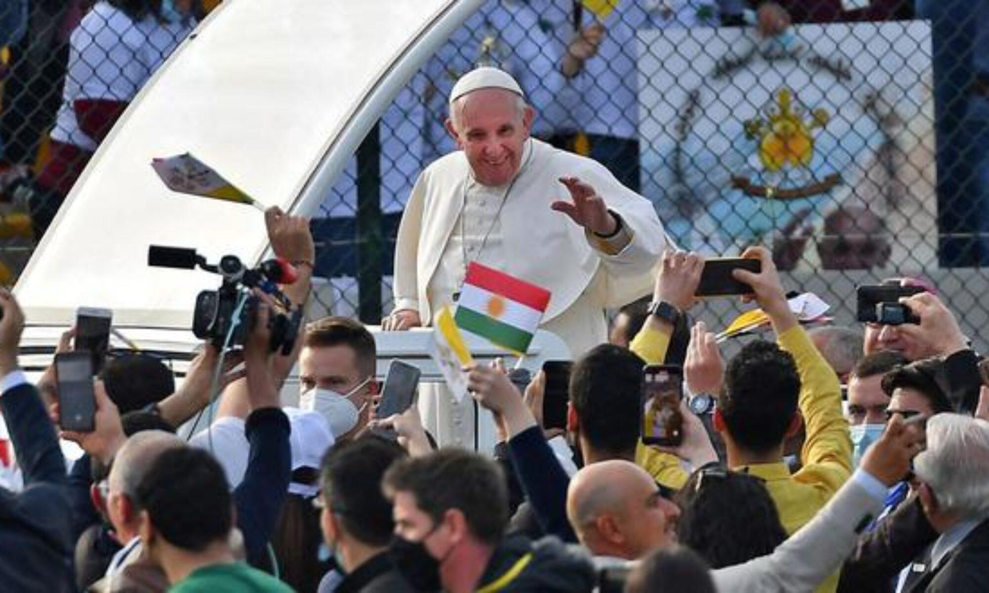 """Papa'dan Kürdistan'a mesaj: """"Bir kez daha Kürt halkına sıcak karşılamaları için teşekkür ediyorum"""" Neçirvan Barzani, Mesrur Barzani, Erbil, Hewler, Fransua Hariri Stadyum"""