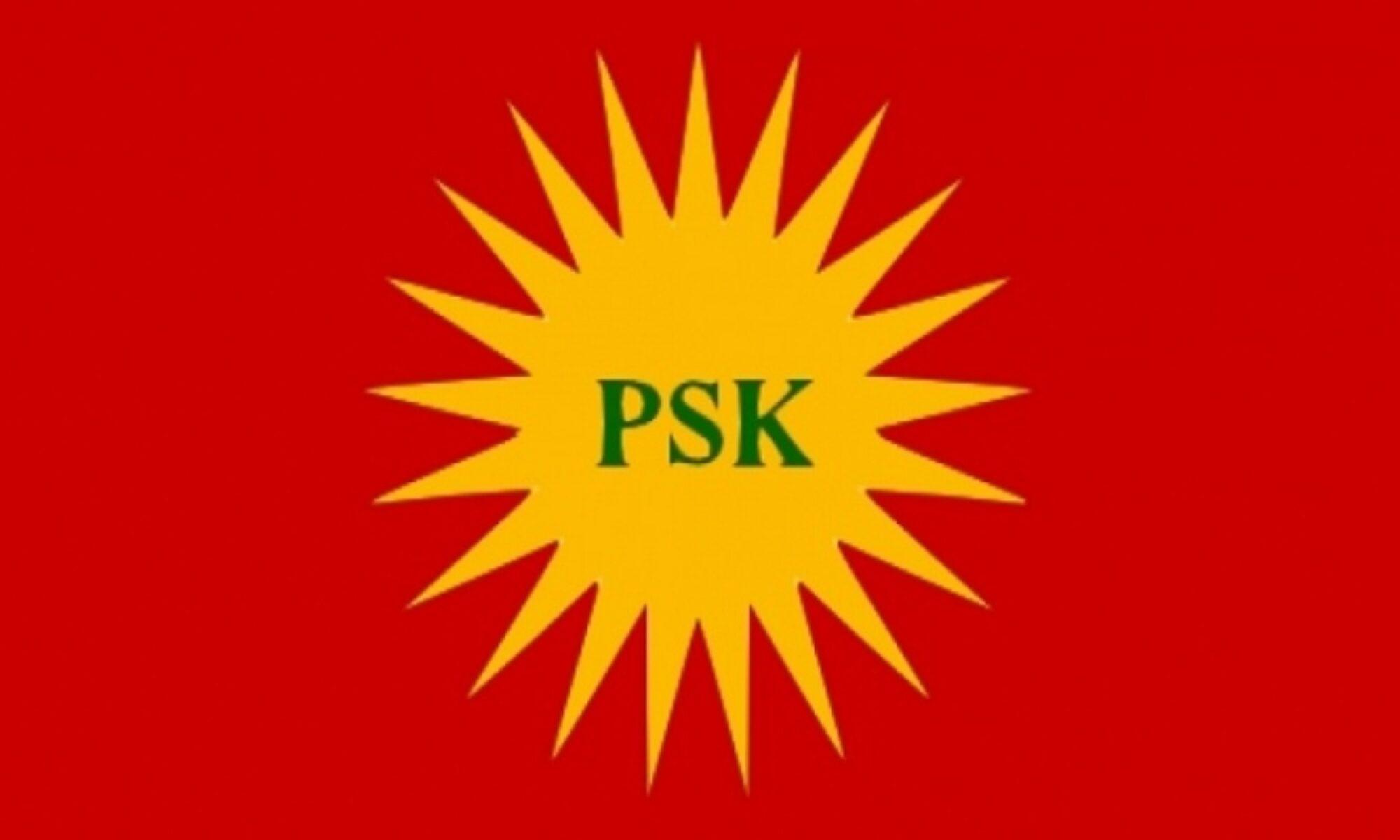 """Kürdistan Sosyalist Partisi (PSK) Parti Meclisi, 18 Nisan 2021 tarihinde yaptığı toplantının sonuç bildirisini kamuoyu ile paylaştı. PSK Parti Meclisi, 18 Nisan 2021 tarihinde gerçekleştirdikleri toplantının sonuç bildirisinde şu noktalara dikkat çekildi: """"Parti Meclisimiz, hem Kürt ulusal demokratik muhalefetiyle hem de Türk demokrasi güçleriyle etkileşim ve iletişim içinde olmanın yararına ve önemine değinmiştir."""" Yapılan açıklamanın devamında şunlar belirtildi: """"Parti Meclisimiz, Afrin'de işbirlikçi radikal İslami örgütlerin yardımıyla bölgenin demografik yapısını değiştirmeye hız veren iktidarın, kendisine bağlı işbirlikçilerin işlediği insanlık suçlarına karşı sessiz kalışının ibretle izlendiğinin altını çizmiştir."""" PSK'nin Meclis toplantısı açıklamasının tümü şu şekilde: """"Kürdistan Sosyalist Partisi (PSK) Parti Meclisi, 18 Nisan 2021 tarihinde toplanmış, gündemindeki konuları görüşmüş, aşağıdaki sonuçlara varmıştır. Ülkemiz Kürdistan'da ve içinde bulunduğumuz coğrafyada önemli ekonomik ve siyasal gelişmeler yaşanmaktadır. Salgın hastalığın yol açtığı yoksulluk, işsizlik, açlık gibi sorunların yanı sıra başta Kürdistan olmak üzere tüm dünyada ekonomik sorunlar artarak devam etmektedir. Bir bütün olarak insanlığın siyasal ve toplumsal yaşantısını derinden etkileyen covid-19 süreci, her geçen gün alışkanlıkların değişmesine yol açıyor, siyasal çalkantıları ve insan sağlığına olumsuz etkileri giderek daha görünür hale getiriyor. Resmi ve gayri resmi verilere dayanan rakamlar; salgının, tüm dünyada milyonlarca esnafın, küçük ve orta boy işletmenin iflas ettiğini, işsizliğin arttığını, bunun yanı sıra büyük şirketlerin daha da büyüdüğünü ve küresel sermayenin giderek küçülen bir gurubun elinde toplandığını gösteriyor. Kuşkusuz bu durumdan en çok yoksullar, dar gelirliler ve emekçiler etkileniyor. Salgın hastalığın büyüttüğü işsizlik, açlık ve yoksulluğun yol açtığı kitlesel göçler, her zamankinden daha belirgin biçimde insanlığı tehdit ediyor. Açık ki salgının ekono"""