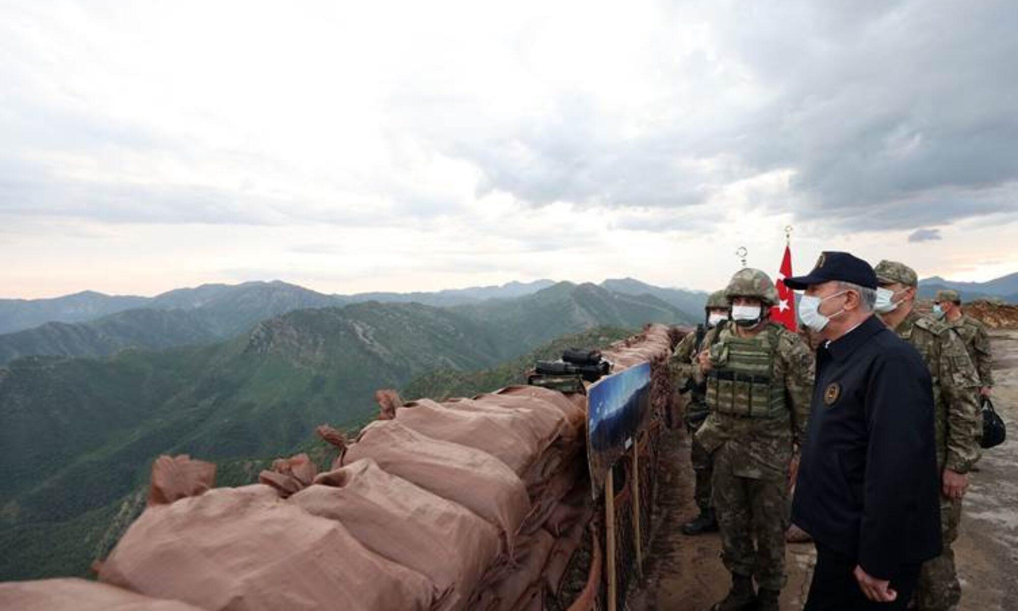 """Irak Hulusi Akar'ın Haftanin ziyaretine tepki gösterdi: """"Türk güçlerinin Irak topraklarındaki varlığı yasadışıdır"""""""