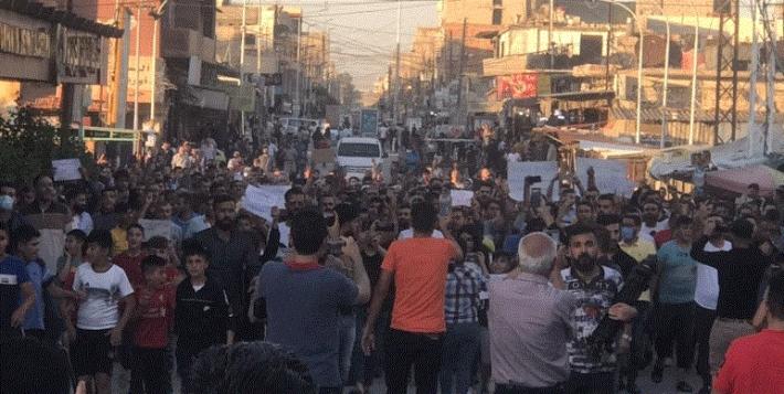 Halkın yürüyüşü sonuç verdi: Özerk Yönetim akaryakıt fiyatlarına zam kararını geri aldı