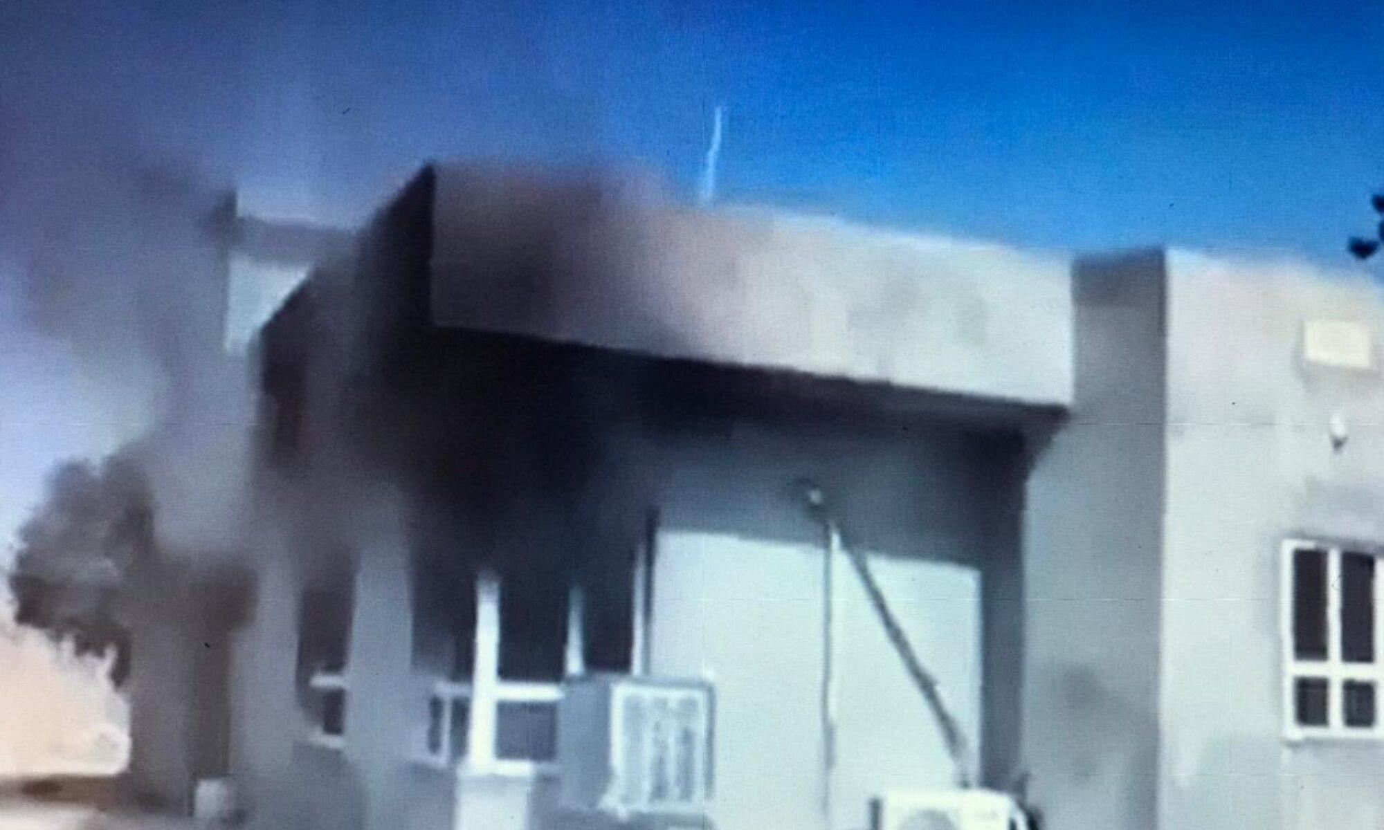 PKK'liler Akre'de kendilerini eve almak istemeyen köylünün evini yaktı
